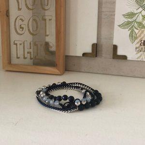 Jewelry - Blue bead/chain wrap bracelet